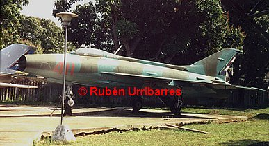 MiG-21F-13 that the arrived during the Cuban Missile Crisis. DAAFAR Museum. Photo: Rubén Urribarres